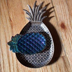 Pineapple trinket set